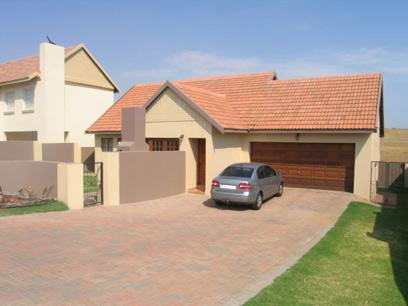 3 Bedroom House for Sale For Sale in Brookelands Lifestyle Estate - Private Sale - MR30094