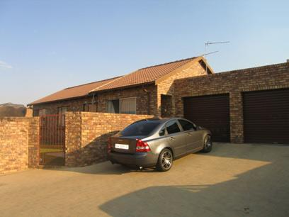 3 Bedroom House for Sale For Sale in Amberfield - Home Sell - MR30096