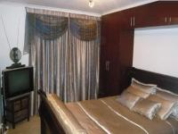 Main Bedroom - 12 square meters of property in Wynberg - CPT