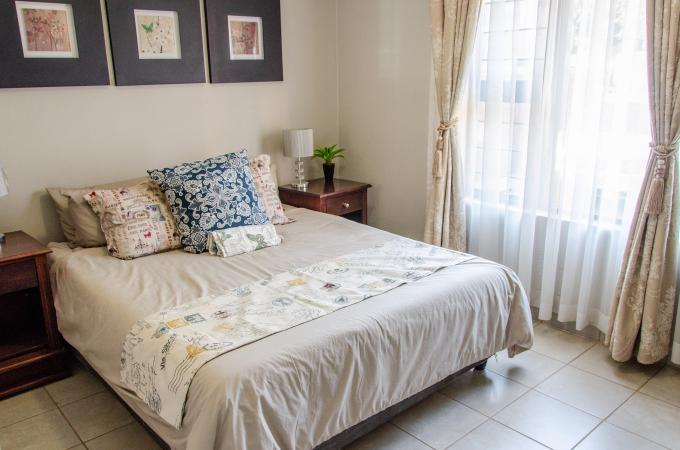 2 Bedroom Apartment to Rent in Silver Lakes Golf Estate - Property to rent - MR302558