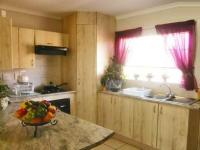 Kitchen - 13 square meters of property in Ruimsig