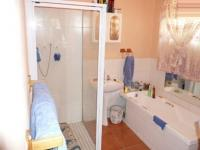 Main Bathroom - 7 square meters of property in Rietfontein