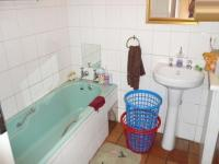 Bathroom 1 - 5 square meters of property in Rietfontein