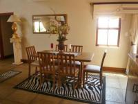 Dining Room - 16 square meters of property in Olivedale