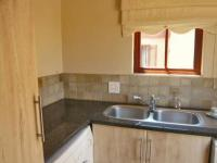 Kitchen - 17 square meters of property in Olivedale
