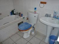 Bathroom 1 - 5 square meters of property in Florida