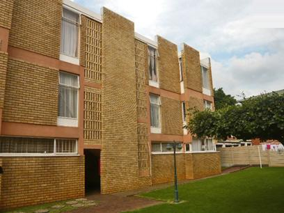 2 Bedroom Apartment For Sale in Kempton Park - Private Sale - MR30320