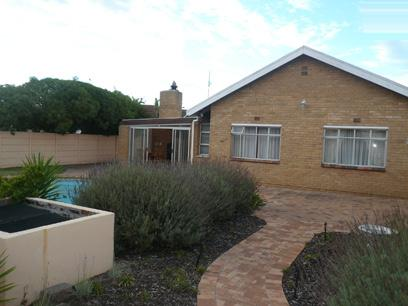 3 Bedroom House For Sale in Melkbosstrand - Private Sale - MR30324