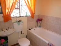 Main Bathroom - 3 square meters of property in Kuils River