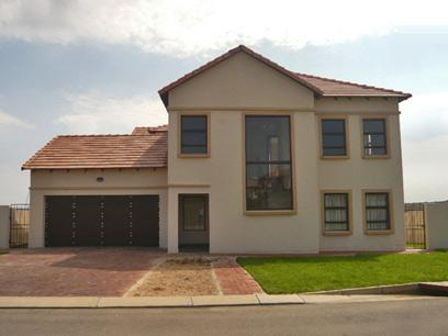 4 Bedroom Cluster for Sale For Sale in Midrand - Home Sell - MR30328