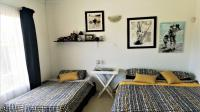 Bed Room 1 - 10 square meters of property in Beacon Bay