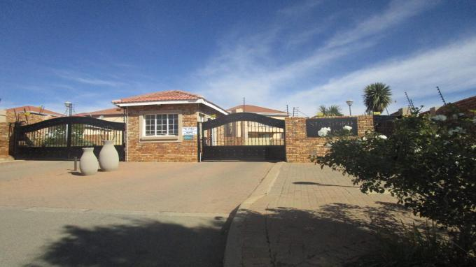Standard Bank EasySell 3 Bedroom Sectional Title for Sale in Zandspruit - MR303872