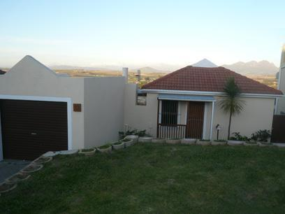 2 Bedroom Simplex for Sale For Sale in Brackenfell - Home Sell - MR30408