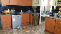 Kitchen - 38 square meters of property in Bonaero Park