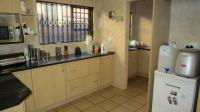 Kitchen - 14 square meters of property in Elandshaven