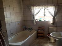 Bathroom 1 - 5 square meters of property in Waterval East