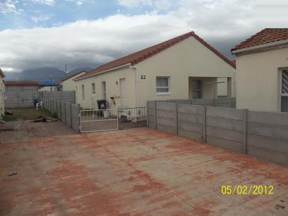 Standard Bank Repossessed 2 Bedroom House For Sale in Strand - MR30451