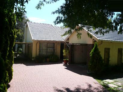 Standard Bank Repossessed 4 Bedroom House for Sale For Sale in Blairgowrie - MR30461