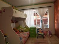 Bed Room 1 - 10 square meters of property in Greenhills