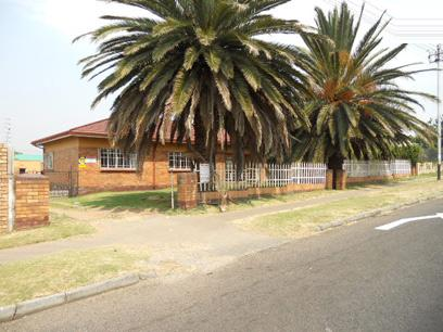 Standard Bank Repossessed 3 Bedroom House for Sale on online auction in Germiston - MR30479