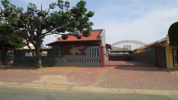 Standard Bank EasySell 3 Bedroom House for Sale in Mabopane - MR304847