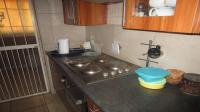 Kitchen - 11 square meters of property in Bloubosrand