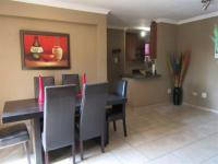 Dining Room - 21 square meters of property in Bloubosrand