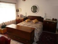 Main Bedroom - 52 square meters of property in Magalieskruin