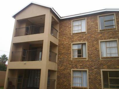 Apartment for Sale For Sale in Rensburg - Private Sale - MR30512