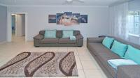 Lounges - 46 square meters of property in Norwood