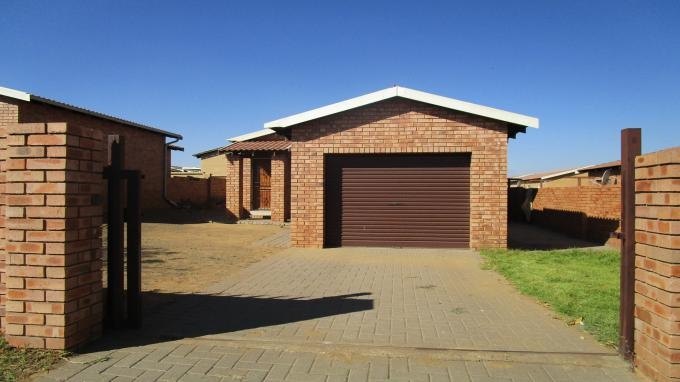 Standard Bank EasySell 2 Bedroom House for Sale in Emalahleni (Witbank)  - MR309656