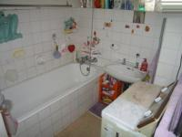 Main Bathroom - 5 square meters of property in Sunnyside