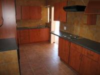 Kitchen - 10 square meters of property in Sinoville