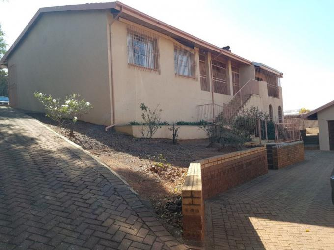 3 Bedroom House for Sale For Sale in Laudium - MR312310
