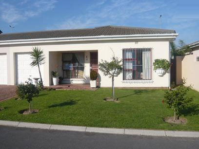 3 Bedroom House for Sale For Sale in Bothasig  - Private Sale - MR31244
