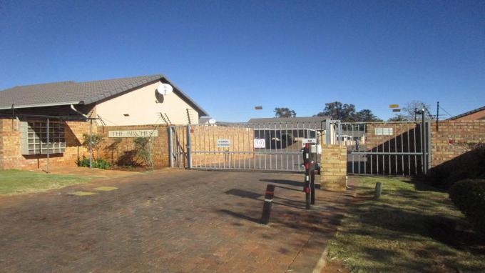 Standard Bank EasySell 2 Bedroom Sectional Title for Sale in Ormonde - MR313016