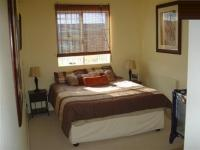 Main Bedroom - 14 square meters of property in Parklands