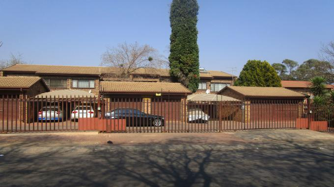 Standard Bank EasySell 3 Bedroom Sectional Title for Sale in Windsor - MR313198