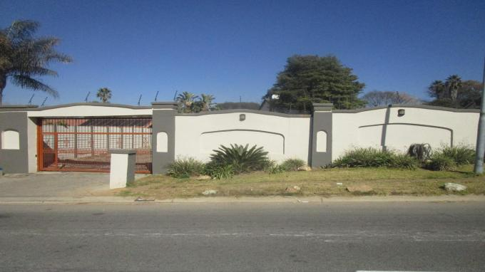Standard Bank EasySell 3 Bedroom House for Sale in Kelvin - MR313392
