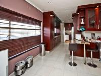 Kitchen of property in Kelvin