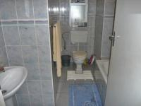 Bathroom 1 - 2 square meters of property in Norkem park