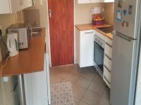 Kitchen - 6 square meters of property in Amandasig