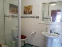 Bathroom 1 - 8 square meters of property in Kosmos