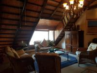 Lounges - 67 square meters of property in Kosmos