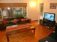 Lounges - 135 square meters of property in Sunningdale Ridge