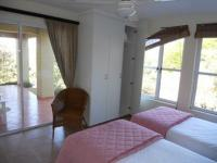 Bed Room 2 - 15 square meters of property in Princes Grant Golf Club
