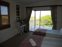 Main Bedroom - 16 square meters of property in Princes Grant Golf Club