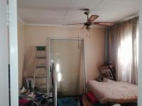 Bed Room 1 of property in Katlehong