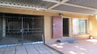 Patio - 26 square meters of property in Silverton