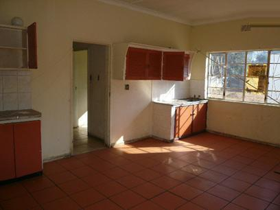 Kitchen - 24 square meters of property in Booysens